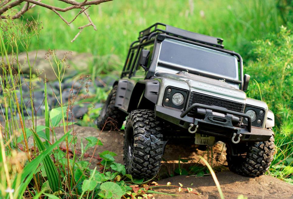 Traxxas TRX-4 trail truck 1