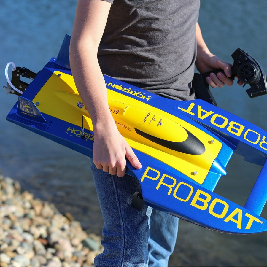 Pro Boat RTR UL-19 30-inch Hydroplane Brushless (12)