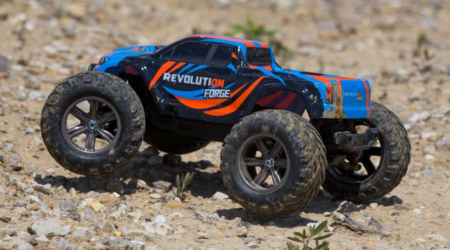 Revolution RTR Forge 1_12 2wd Monster Truck (1)