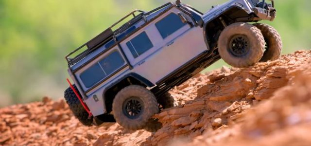 Traxxas TRX-4 Land Rover Defender [VIDEO]