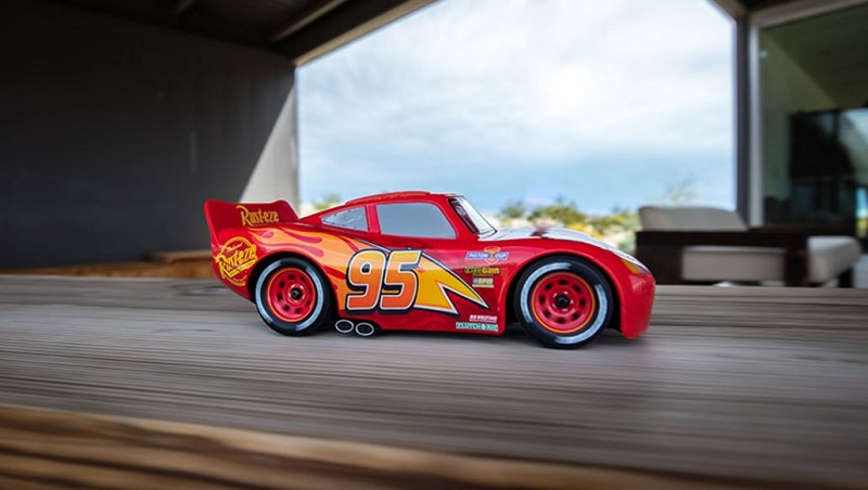 Ultimate Lightning McQueen RC Car (4)