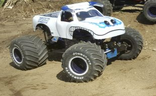 "Full-Custom ""Yeti"" Monster Truck [READER'S RIDE]"