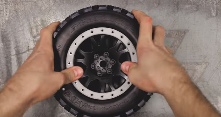 How To Mount X-MAXX Pro-Loc Tires & Wheels