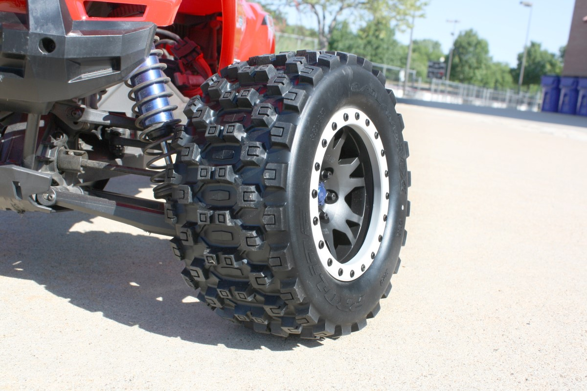 PRO-LINE MX43 Badlands Pro-Loc Tires Impulse Pro-Loc Wheels and Ford F-150 Raptor Body for Traxxas X-Maxx Review 4