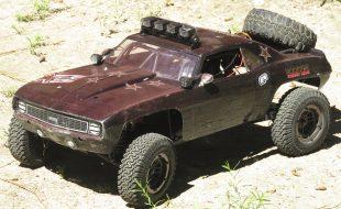 Vaterra Twin Hammers Classic Camaro [READER'S RIDE]