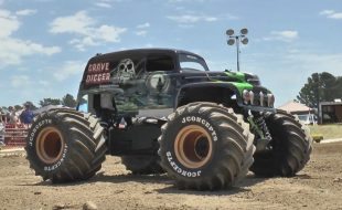 RC Monster Truck World Finals At Digger's Dungeon [VIDEO]