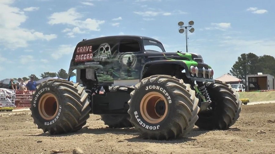 RC Monster Truck World Finals At Digger's Dungeon