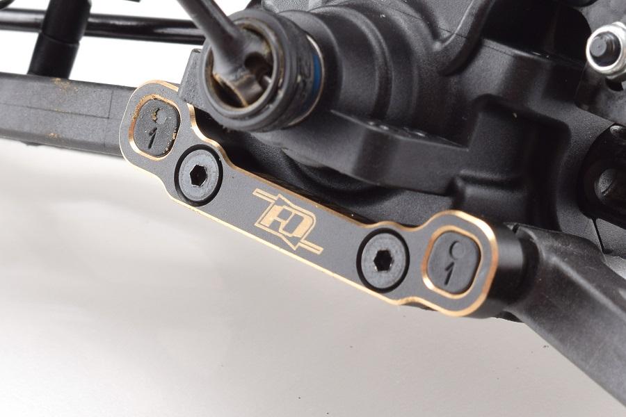RDRP XB4 Brass Suspension Mounts (6)