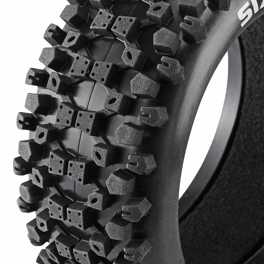 Duratrax 1_8 Buggy Tires (8)