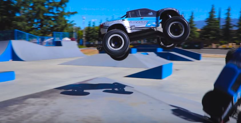 Pro-Line Monster Truck Vert Session
