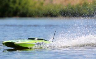 ProBoat RTR Veles 29″ Brushless Catamaran [VIDEO]