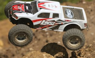 Losi RTR TENACITY 1/10 4wd Monster Truck With AVC