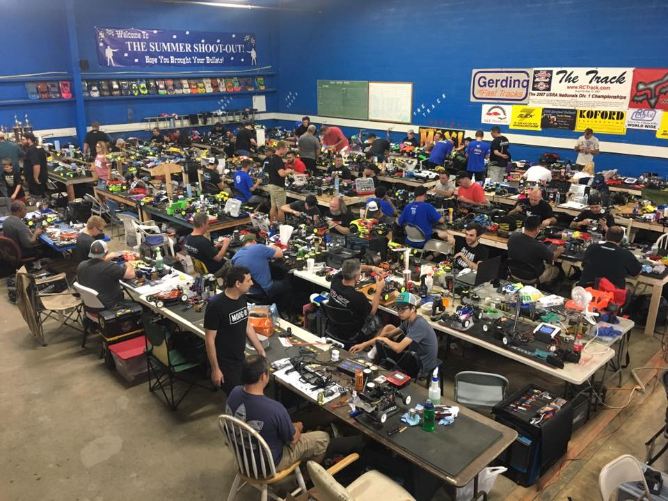 Nats Pits Team Associated