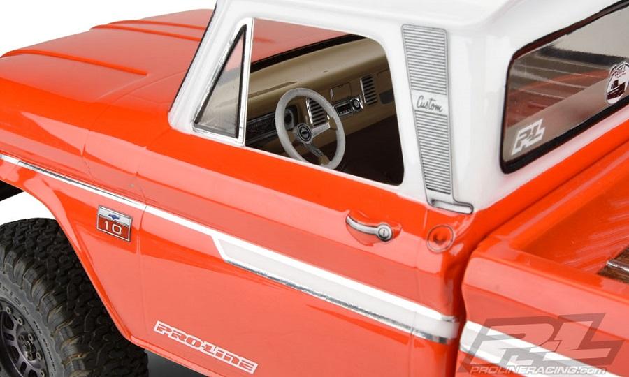Pro-Line Clear Classic Interior (5)