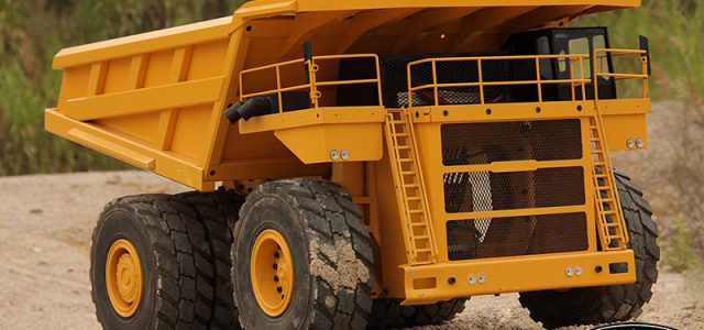 RC4WD RTR 1/14 Earth Hauler 797F Mining Truck [VIDEO]