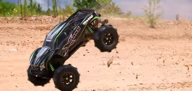 Traxxas Paddle Tires [VIDEO]