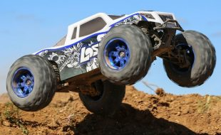 Losi RTR 1/8 LST 3XL-E 4WD Monster Truck [VIDEO]