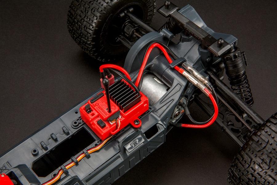 ARRMA RTR Fazon & Granite Voltage Trucks (3)