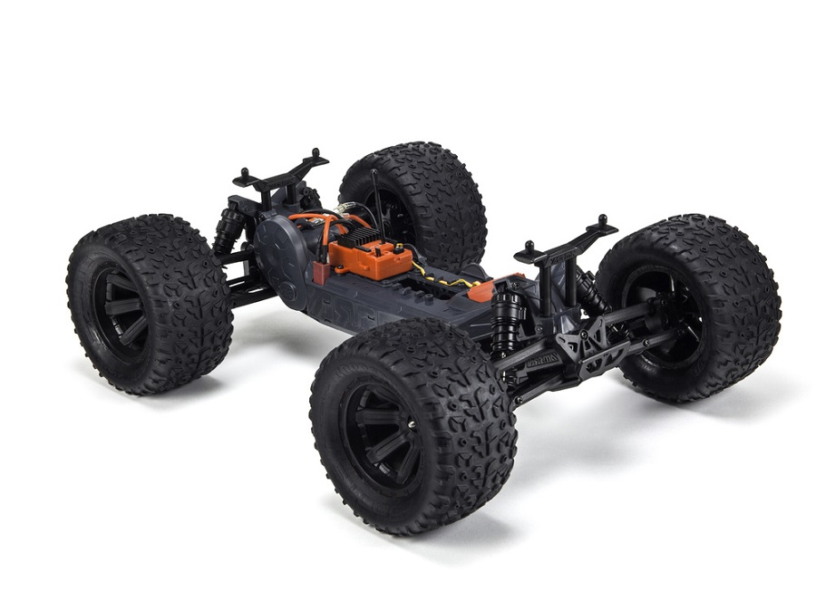 ARRMA RTR Fazon & Granite Voltage Trucks (8)