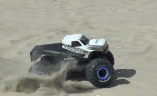 JConcepts 4×4 Monster Truck Conversion Kit [VIDEO]