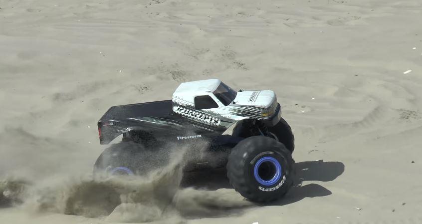 JConcepts 4x4 Monster Truck Conversion Kit