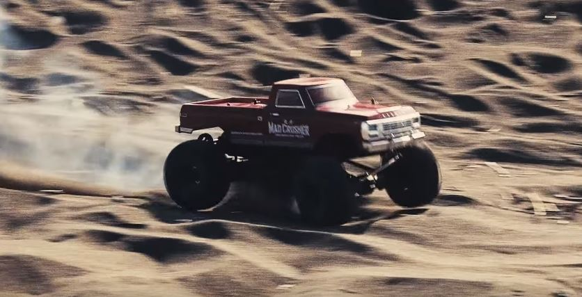 KYOSHO Mad Crusher Beach Raid