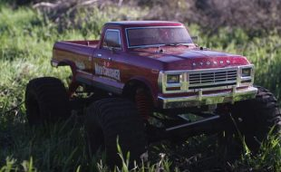 Kyosho Mad Crusher GP 1/8 Nitro Monster Truck [VIDEO]