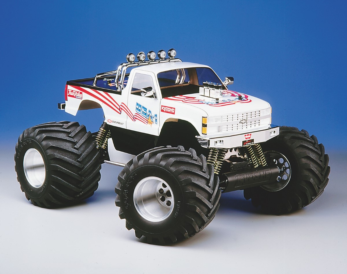 10 Gas Cars That Rocked The RC World - RC Car Action
