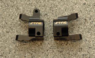 STRC SCX10 II Brass Front C-Hub & Lower Shock Mounts
