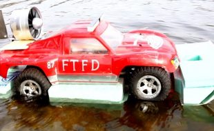 Here's an Amphibious Traxxas Slash Because Why Not [VIDEO]