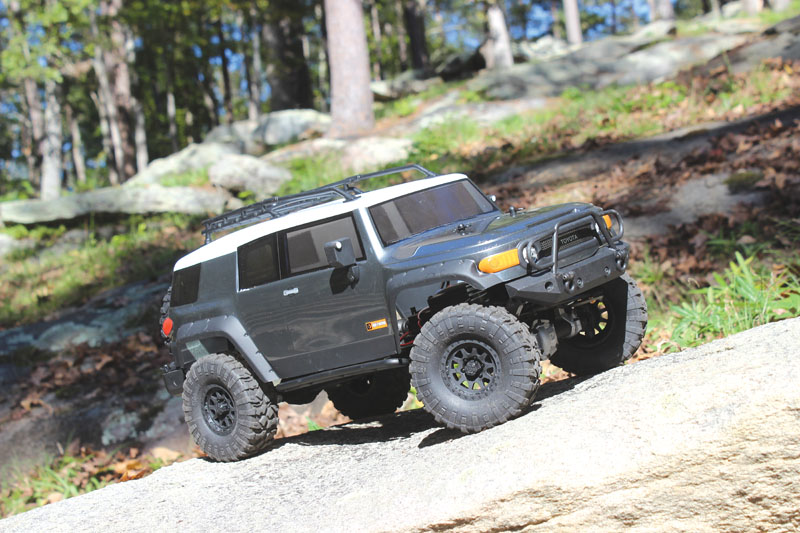 RC Review: HPI Venture FJ Cruiser - Side view