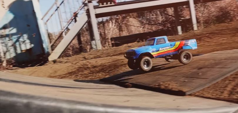 Kyosho Outlaw Rampage Dirt Bash