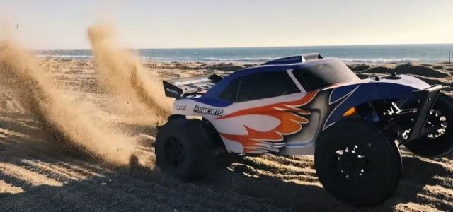 Associated Reflex DB10 & Trophy Rat Hit The Dirt [VIDEO]