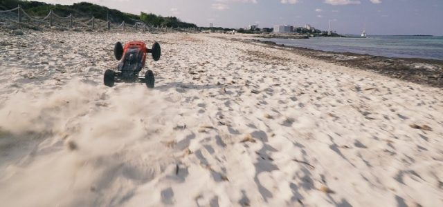ARRMA Talion 6S BLX Truggy Beach Attack [VIDEO]