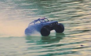 Pro-Line PRO-MT 4×4 & Sand Paw 2.8″ Tires On Water [VIDEO]