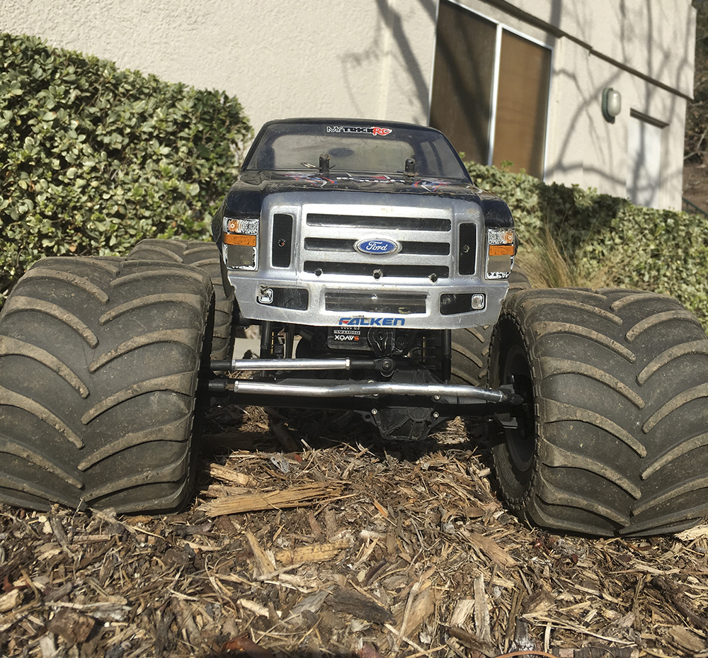 Monster Jam, RC Monster Truck, Pro-Line, Axial Wraith, CPE Barbarian, Vanquish axles, HobbyWing
