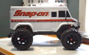 HOLD UP: There's a Traxxas X-Maxx Snap-On VAN? [VIDEO]