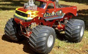 """Custom Retro Monster Truck """"Giant 1"""" [READER'S RIDE]"""