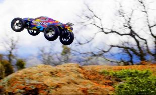 Traxxas Rustler VXL Shreds Mountain Bike Course [VIDEO]
