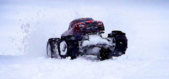 Paddle Tire Snow Shredding With The Traxxas Stampede 4X4 VXL [VIDEO]