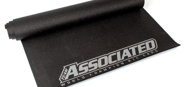 Team Associated 2018 Pit Mat