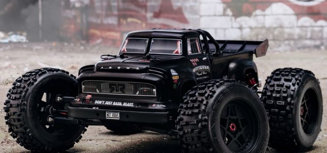 ARRMA RTR NOTORIOUS 1/8 4wd Classic Stunt Truck [VIDEO]