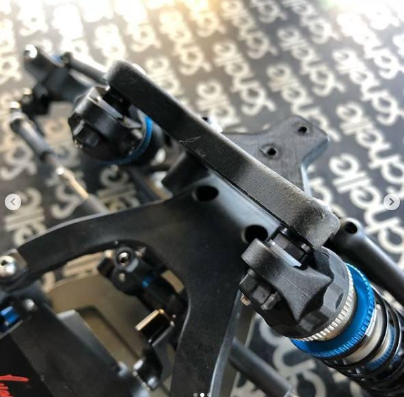 Schelle Black B6.1 Shock Standoff Set