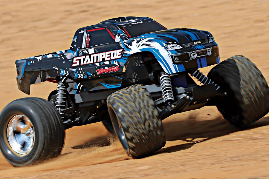 Traxxas Stampede Now In New Red & Blue Paint Scheme