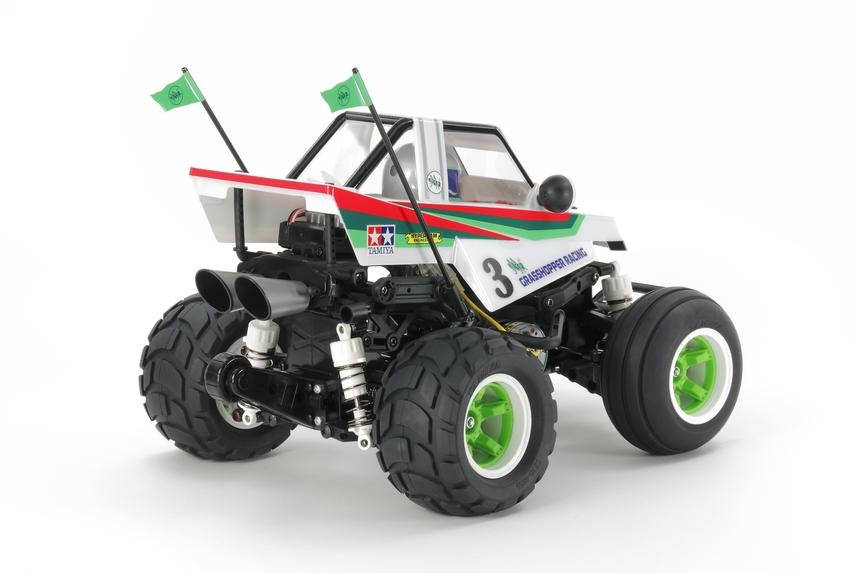 Tamiya Comical Grasshopper WR-02CB - RC Car Action