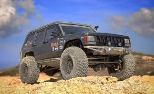 Competition Custom (SC)XJ [READER'S RIDE]