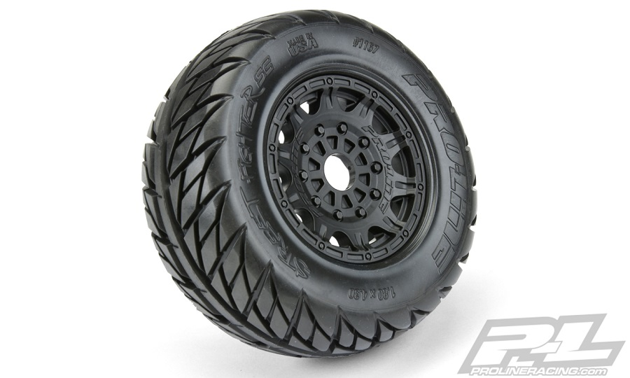 "Pro-Line Street Fighter SC 2.2""/3.0"" Tires Mounted On Raid Black 17mm Wheels"