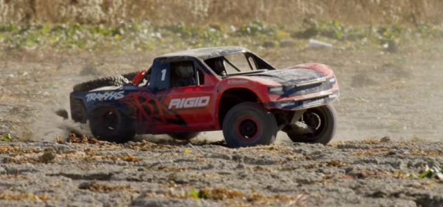Dry Lake Bed Adventure With The Traxxas Unlimited Desert Racer [VIDEO]