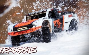 Frozen Freestyle Snow Session With The Unlimited Desert Racer [VIDEO]