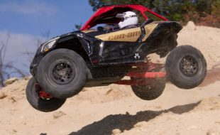 Axial Yeti Jr. Can-Am Maverick X3 1/18 Electric 4WD RTR [VIDEO]